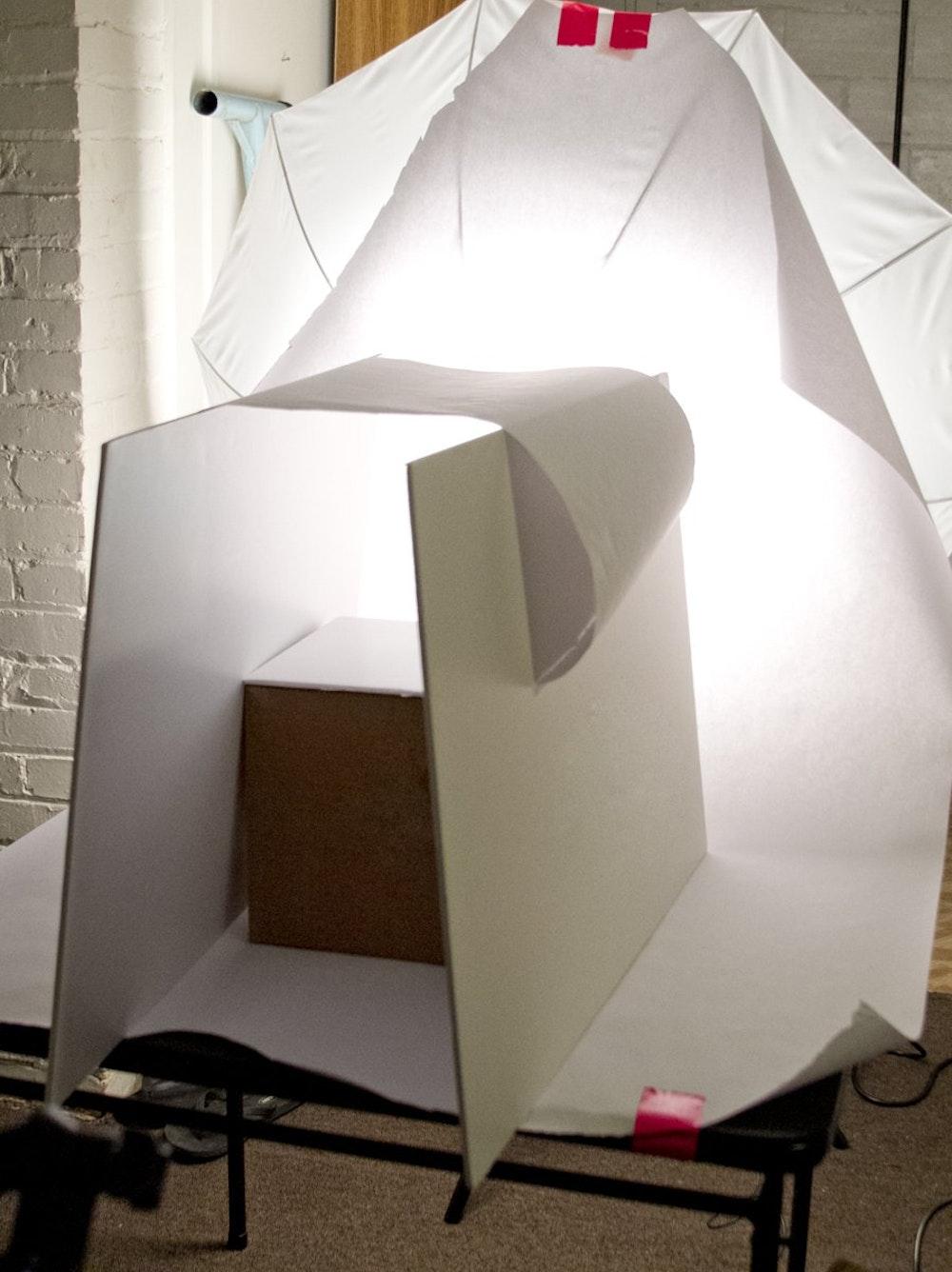 De Kunst Van Het Fotograferen Van Reflecterende Producten